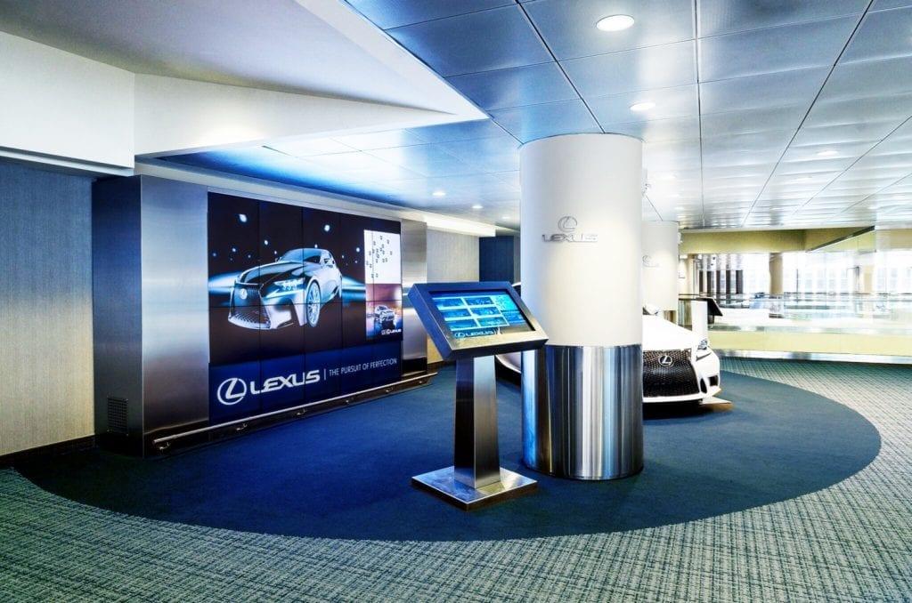 lexus-lounge-metroclick-interactive-display-solution-auto-industry