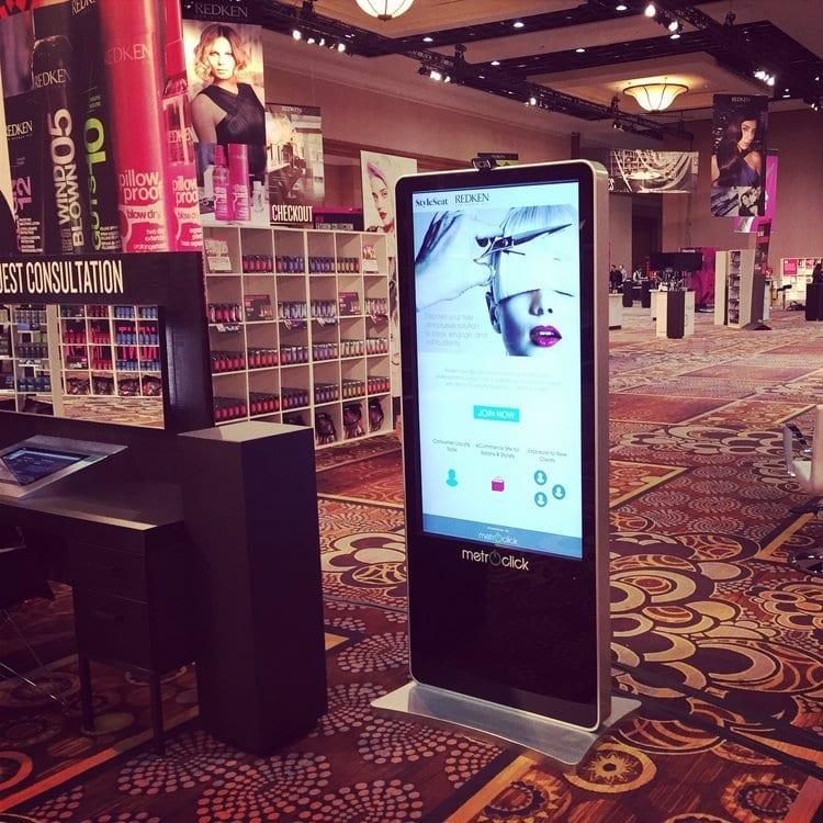 metroclick video advertisement touchscreen kiosk system